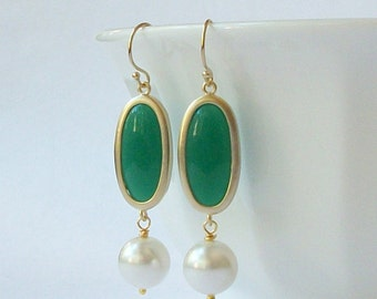 ON SALE Emerald Green Crystal Pearl Drop Earrings
