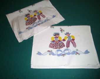 Vintage Linen Napkins - Boy and Girl - Blue Ribbon - Set of 2 - Painted Napkins - Vintage Kitchen Linens - Vintage Cloth Napkins