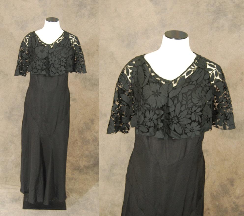 vintage des ann es 30 robe de soir e noir dentelle cape. Black Bedroom Furniture Sets. Home Design Ideas