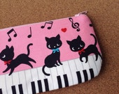 Kitten with piano pencil(pen) pouch