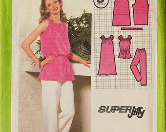 1970s Misses Super Jiffy Pullover Dress Tunic and Pants, Simplicity 9028 Sewing Pattern Size 10 - 12, Bust 32.5 - 34
