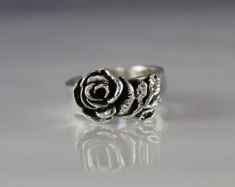Sterling Silver Rose Ring Size 4