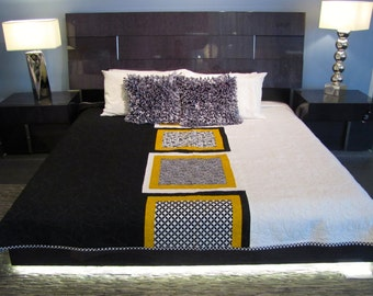 Black & White and Gold King Quilt