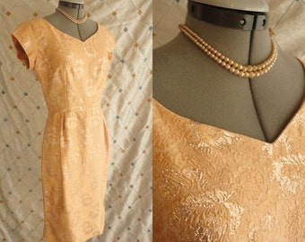 50s Dress // 60s Dress // Vintage 1950s 1960s Cinnamon Peach Metallic Wiggle Dress by Elinor Gay Original Size M 28 waist