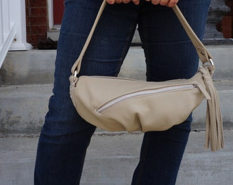 Small taupe bag, Light khakki leather bag, Small off-white purse, shoulder bag, pleated bottom bag, purse with tassel  - Ready To Ship