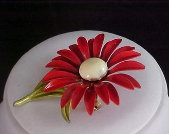 Splendid RED Metal DAISY Brooch