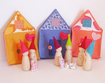Waldorf toys all natural- Sweet little travelling gnome family house - LAVENDER -