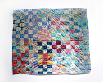 Miniature Illusion Quilt --- Patchwork