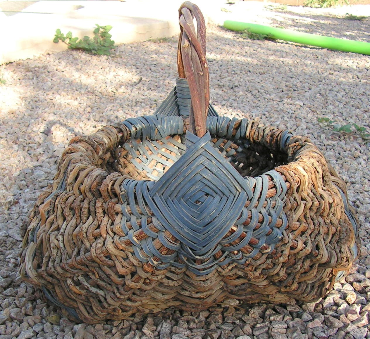 How To Weave A Basket Out Of Twigs : Vintage buttocks basket hand woven twig primitive country egg