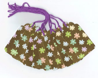 Tiny Pastel Flowers Gift Tags (10) PreStrung Scallop Top Hang Tags / GTL5 / Favor Bag Tags / Package Decor / Ready To Ship