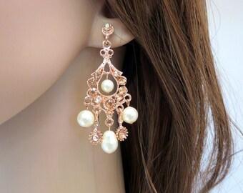Rose Gold Chandelier earrings, Rose gold Bridal earrings, Pearl Wedding earrings, Rose Gold Pearl earrings, Rhinestone earrings