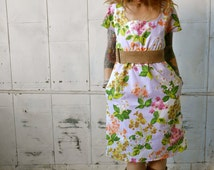 Vintage Floral Scoop Neck Dress~Dress with Sleeves~White Dress~Floral Print Dress~Dress with Pockets~Day Dress~Knee Length~Spring Dress~Eco