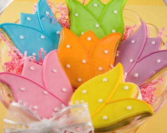 "Tulip Cookies, Mother's Day flower cookies - (12 cookies, 4"" standard size)"