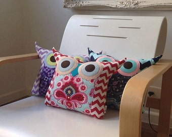 Living decor /room decor /3 LARGE size owl pillows/custom colour and design/Express shipping/crazy sale/made to order