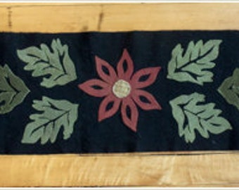 Holly & Ivy, Winter Blossom Table Mat, Wool applique kit