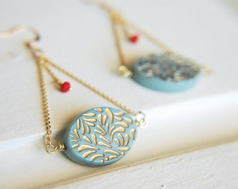 Pendulum Dangle Earrings Pale Blue Etched Gold Ornate ~ The Old Carousel