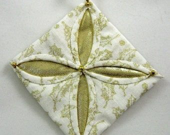 White and Gold Cathedral Window Quilted Christmas Ornament 807