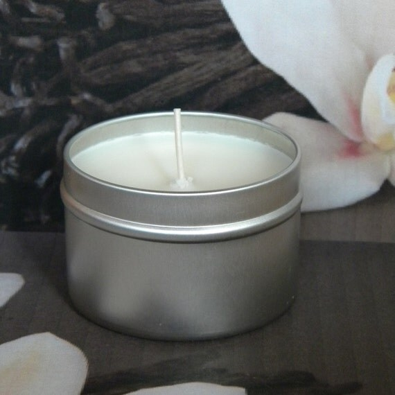 Vanilla Candles VANILLA MOOSE Soy Candle - French Vanilla & Musk Scented Candle Tin