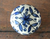 Ceramic Drawer Knobs / Cabinet knobs Ball with Delft Blue Flower Pattern (CK68)