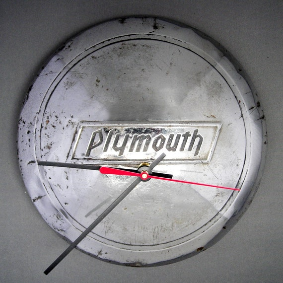 1934 1936 Plymouth Hubcap Clock Classic Car Wall Clock