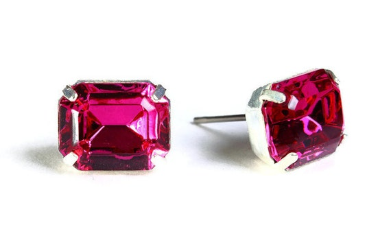 Estate style pink fuchsia rhinestone crystal stud earrings (603) - Flat rate shipping