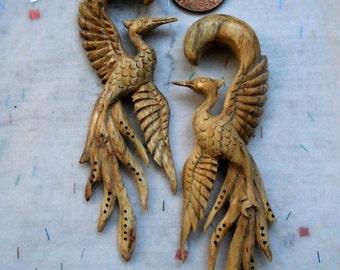 2 Gauge Ear Plugs White Crane