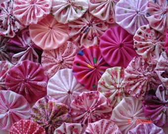 40 Pink Mix Assortment Fabric Yo Yo Applique Quilt Suffolk Puff Handmade