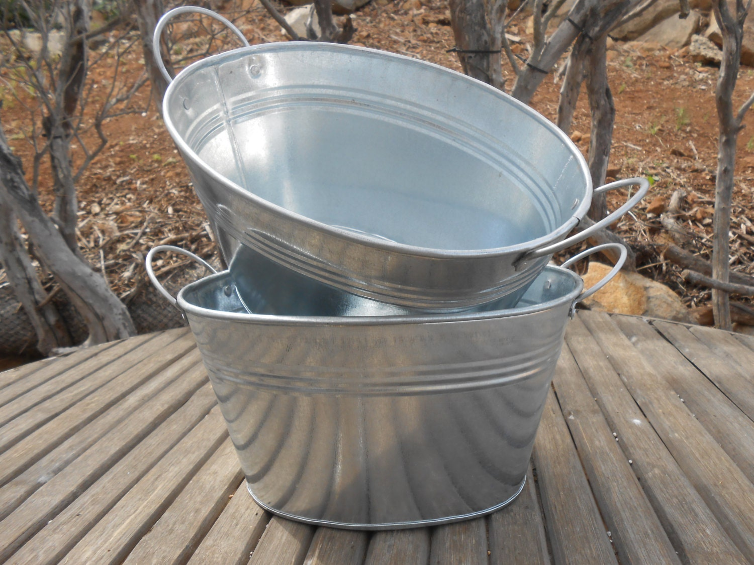 Rustic oval galvanized tubs buckets 9 x 7 x for Rustic galvanized buckets