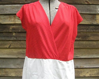 Vintage Red and White Polka Dot Dress XL/2XL Surplice Neckline