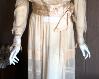 Antique Edwardian Wedding Gown Dress Original Size 6 Silk Lace wide Satin Sash 1910s Teens Wearable Bridal