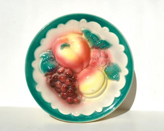 Vintage Royal Copley fruit wall pocket planter apple grapes peach teal green trim wall planter