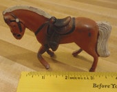 VINTAGE METAL HORSE figurine, brown with white mane, Palomino Die Cast Horse  Made in Japan