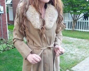 Vintage 70s huge FOX Tail FUR beige suede Urban LADIES Spy trench couture coat size medium