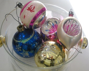 Collection of 5 assorted Glass Christmas Tree Trimming Ornament Balls Rauch Made in Poland Sparkle and Indent