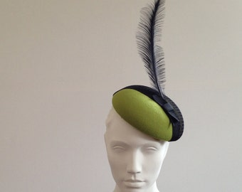 Kermy - Green Wool Felt Beret with mesh and feather Great for the races, Ascot or a wedding