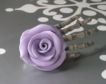Skeleton Hand Clip With Lilac Rose