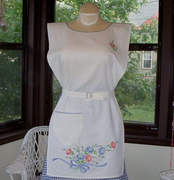 1950s House Dresses and Aprons History Historical Reproduction Apron 1930s Hand Embroidery Unique Design Petite $46.00 AT vintagedancer.com