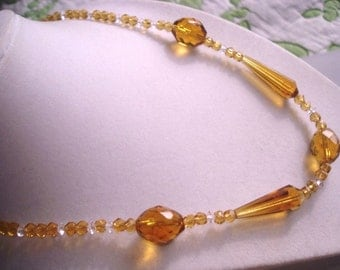 "Vintage Jewelry Topaz Faceted Crystal Beadwork  Necklace 16"" Very  Good Condition .."