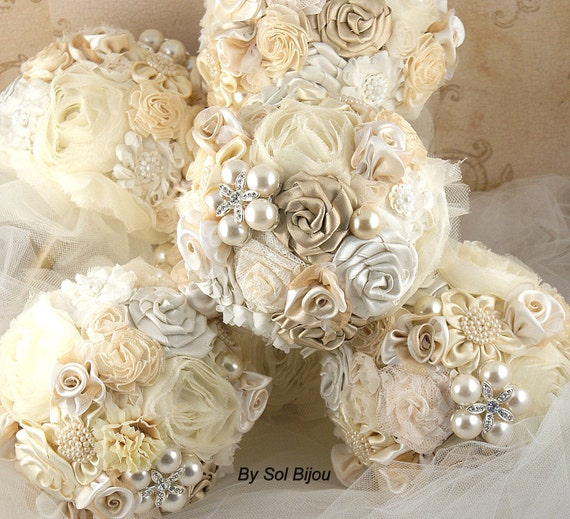 Bridesmaids Bouquets,Brooch Bouquets,Gold,Champagne,Tan,Cream,Ivory, Vintage Style, Elegant Wedding, Maid of Honor, Pearls, Crystals, Gatsby