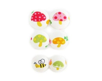 6 Fabric Buttons Set - Colorful Mushrooms