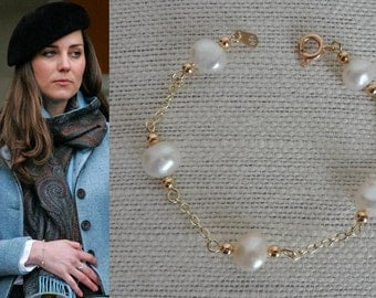 Kate Middleton Pearls By The Yard Bracelet- b385