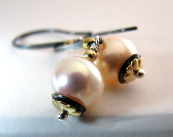 Pearl Earrings, Pink Pearl Earrings, Black Sterling Silver,  AAA Natural Freshwater Pearl, Mixed Metals, Dangle - Sweet Midnight