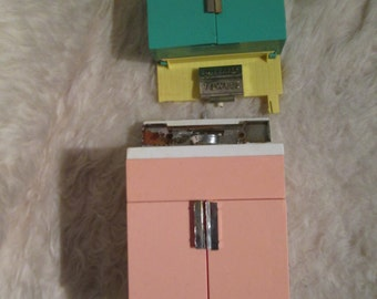 Vintage Deluxe Reading Sink.   Barbie size dream Kitchen 1960.  Mid Century Modern.