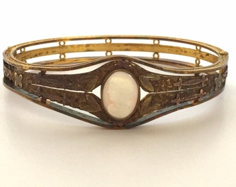 Beautiful Victorian Art Nouveau Italian GoldFill Carved Coral Cameo Vintage Antique Bracelet