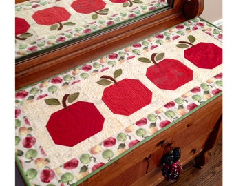 An Apple A Day Table Runner Pattern By Cleo And Me