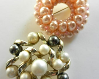 lovely Vintage brooches - rondo of elegant pearls, Rosy pearls, white pearls & gray pearls, stylish elegance -art.388-