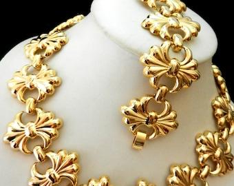1960 Vtg  Etruscan Revival Ornate Gold Plated Linked Choker Necklace  & Bracelet set--Very glamorous -art.379/3 -