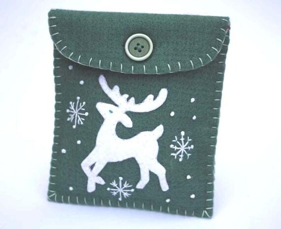 Christmas gift bag. Reindeer felt purse Nordic Scandinavian