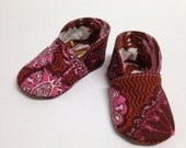 3-6 months Burgundy Floral Chukka Baby Shoes - Ready to Ship