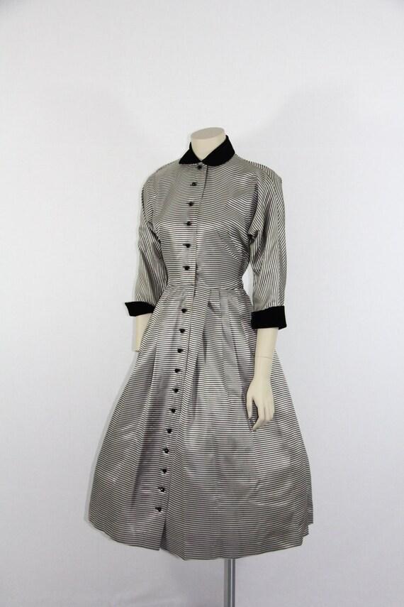1950's Vintage Dress - Silver and Black NEW LOOK Full Skirt Taffeta Party Dress - 36 / 26 / full